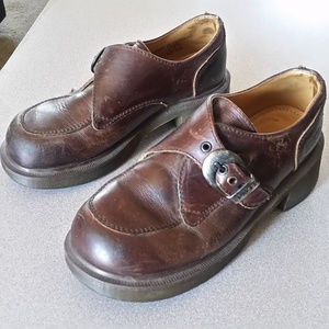 Vintage Dr. Martens style 8496 Oxford buckle shoes